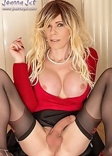 Joanna Jet - Red and Black