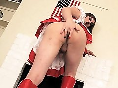 Horny Tiffany fingers & fucks a flag