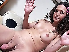Rock hard Nikki strokes and spreads