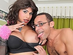 Watch shemale Kendra Santiago get ass pounding from Ramon!